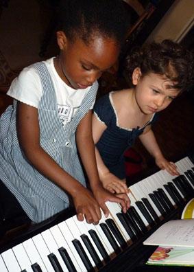 apprendre le piano avec ma toute petite m thode de piano. Black Bedroom Furniture Sets. Home Design Ideas